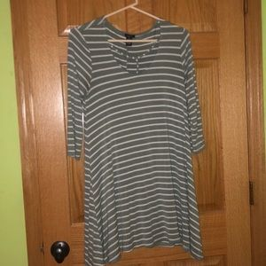 white and green rue21 dress